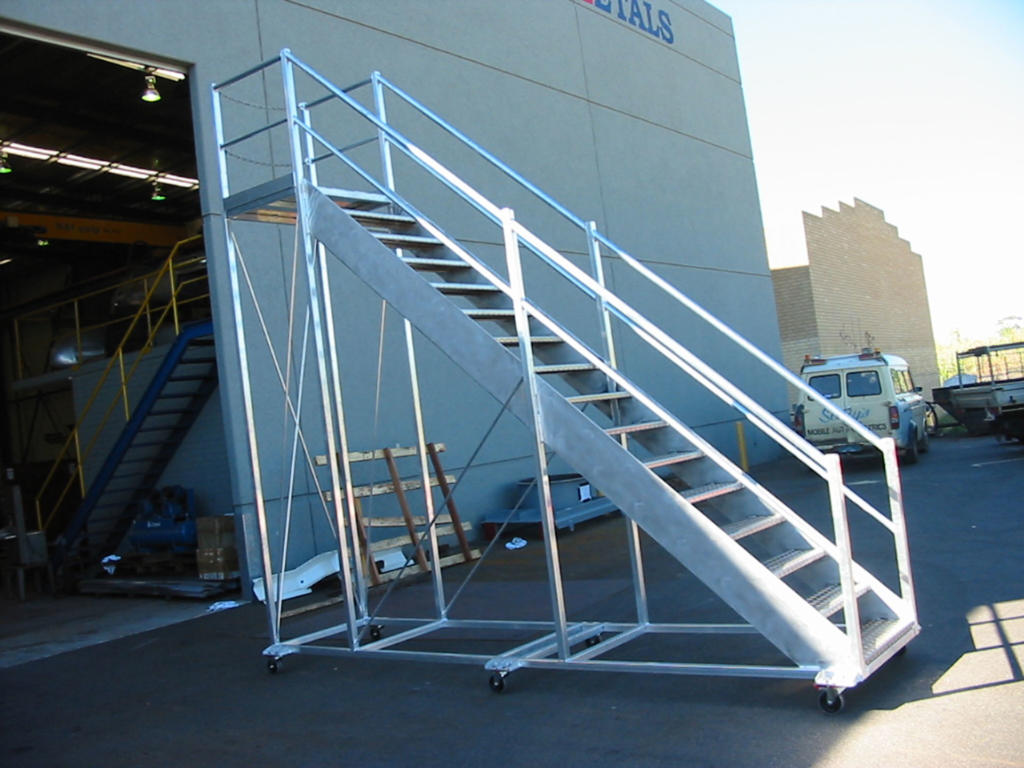 Aluminium Mobile Ladder