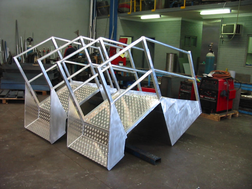 Aluminium Step Platforms