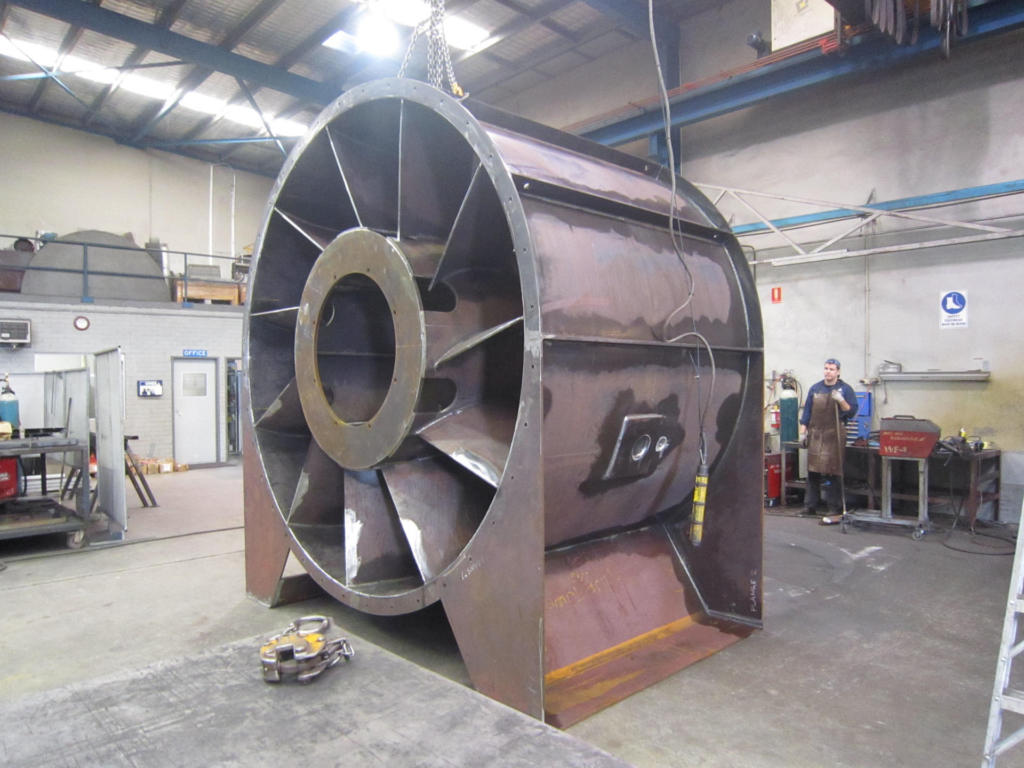 Fan Casing with Guide Vanes (1)