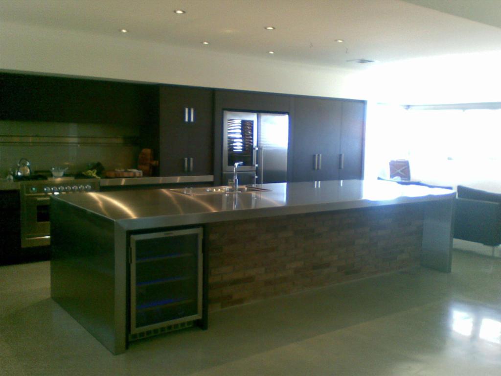 Kitchen Benchtop Cladding (1)