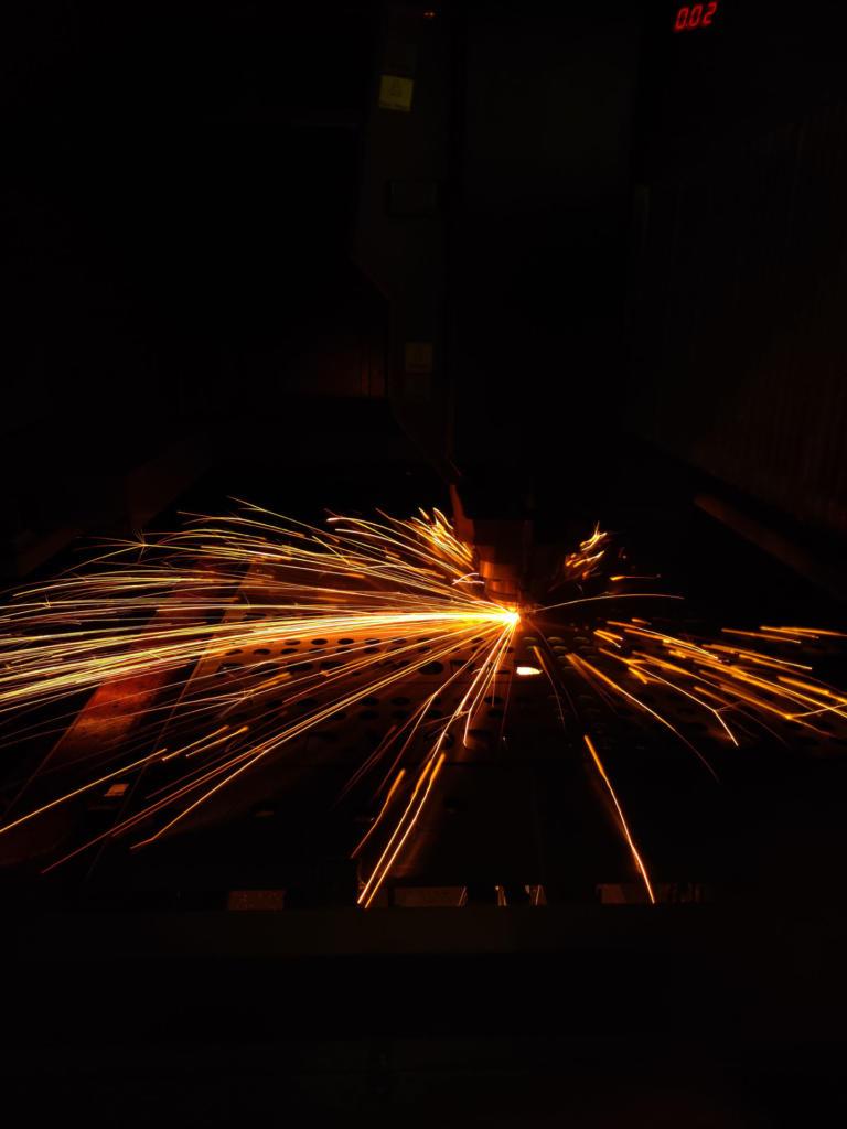 Lasercutting Sparks (2)