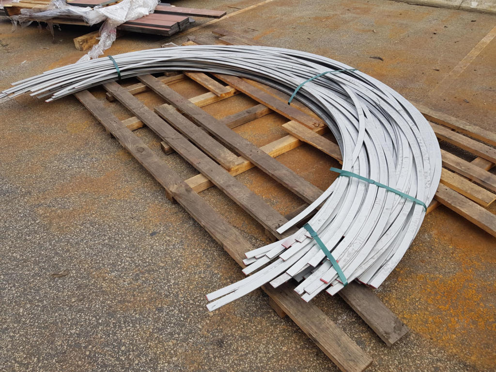 Section Rolling Stainless Steel Flatbar on Edge