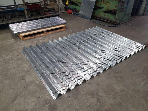 Aluminium-Veil-Screen-Pressings-1-1024x768