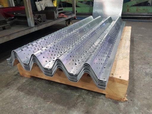 Aluminium-Veil-Screen-Pressings-2-1024x768
