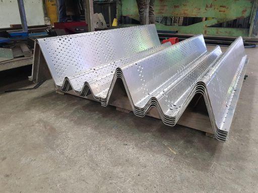 Aluminium-Veil-Screen-Pressings-5-1024x768